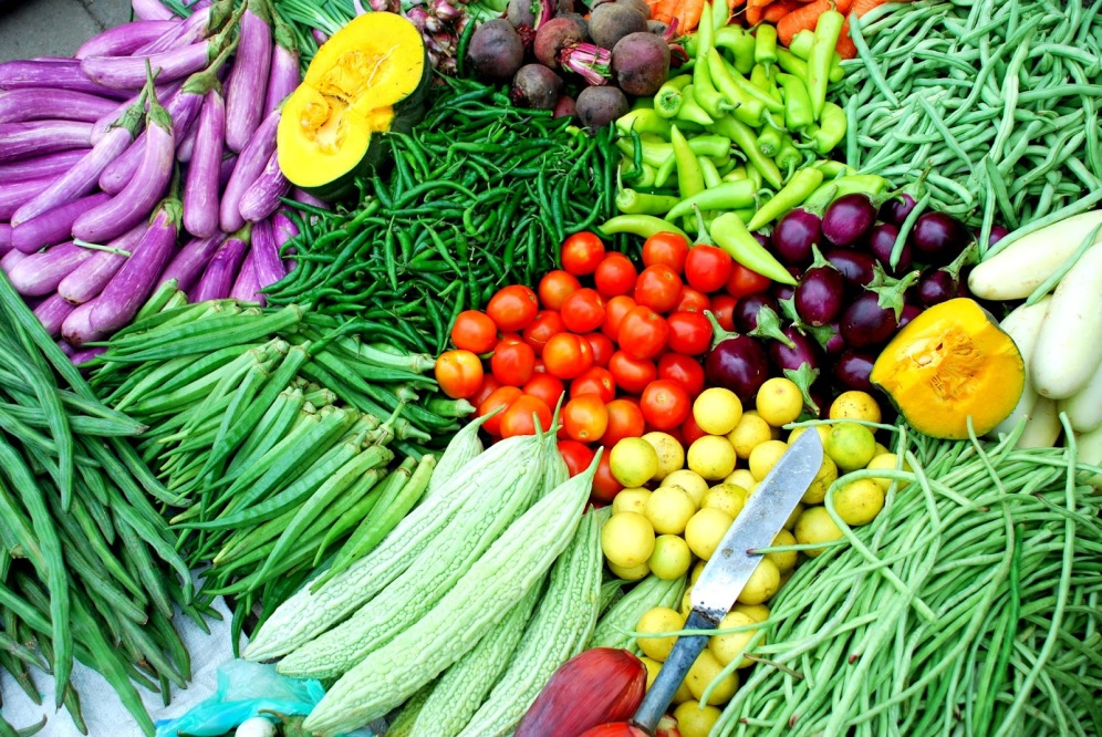 Vegetables should be consumed as fresh as possible. Image source: http://graminkrishi.blogspot.in/2015/02/vegetable-suppliers-india.html